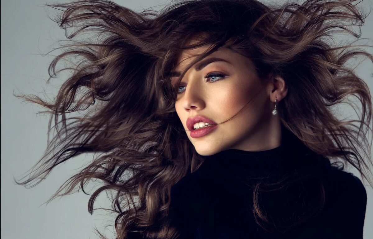 Молекулярное восстановление волос в Москве
