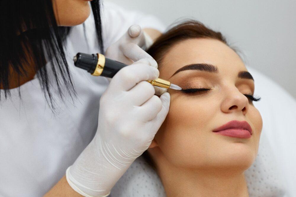Перманентный макияж в салоне Милан